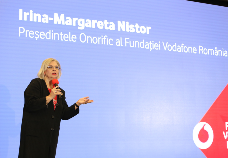 Connecting-for-Good-2017_Irina-Margareta-Nistor,-presedinte-onorific-Fun...