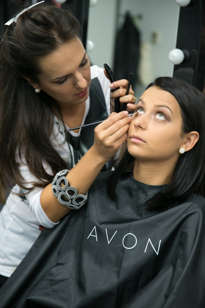 Avon Beauty Service- Andreea Burlacu