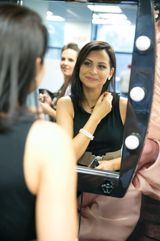 Avon Beauty Service -A.B.